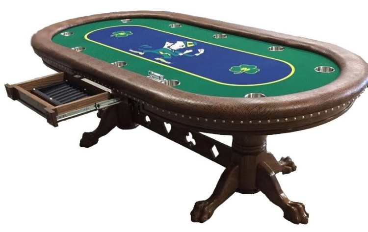 Poker table – a necessary attribute for playing poker
